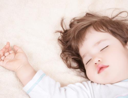 «Salvate il sonnellino pomeridiano dei bambini».
